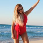 How to Care for Blonde Hair while Traveling