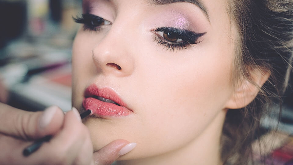 Gorgeous Lip Colors To Try Right Now