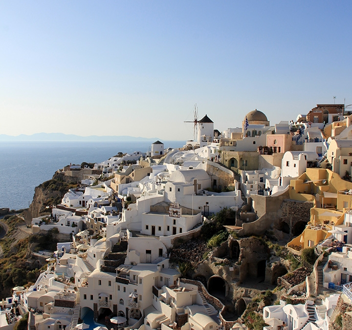 Santorini- Romantic Getaways for Couples & the most beautiful place in Greece